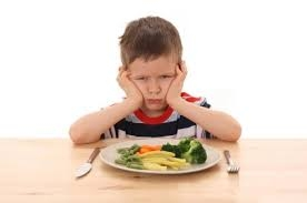 Read more about the article Toddler Eating Habits: Golden Rules